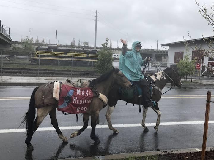 ec4818d163b8 96 Idaho Horseback Riders on Salmon Trek Pass through Portland ...