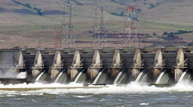 (Rick Bowmer) The Dalles Dam on the Columbia River  is to be evaluated this year to see how it would stand up to a major offshore earthquake.