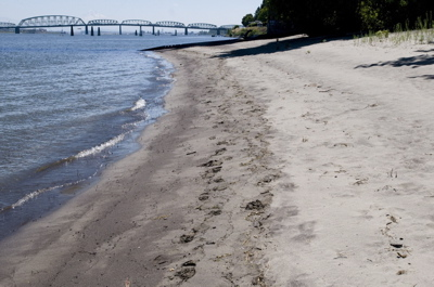(Benjamin Brink) Columbia River forms a sandy beach on West Hayden Island.