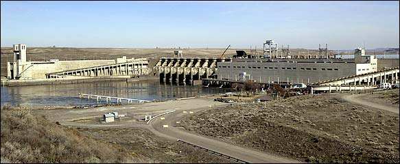 Ice Harbor dam on the Lower Snake River