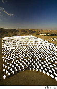 (Eilon Paz) California utility companies studied this solar plant operated by BrightSource Energy in Israel's Negev Desert before signing contracts with the Oakland company.