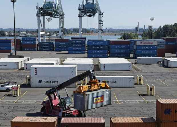 Port of Portland's Terminal 6 was shut down over the weekend, and port officials are preparing a contingency plan in case of a lockout or strike as labor negotiations continue. (Beth Nakamura photo)